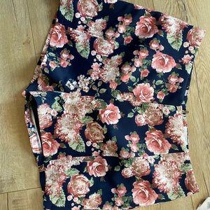 Leith high rise floral shorts bnwt